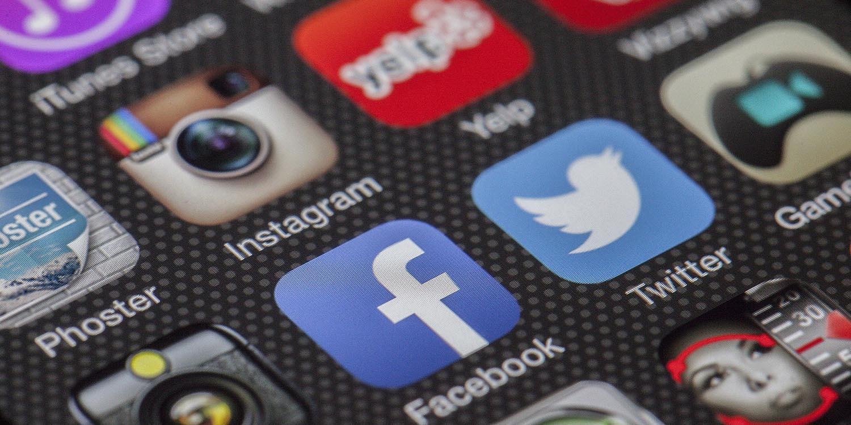 Estar presente nas redes sociais para ter uma presença digital eficiente